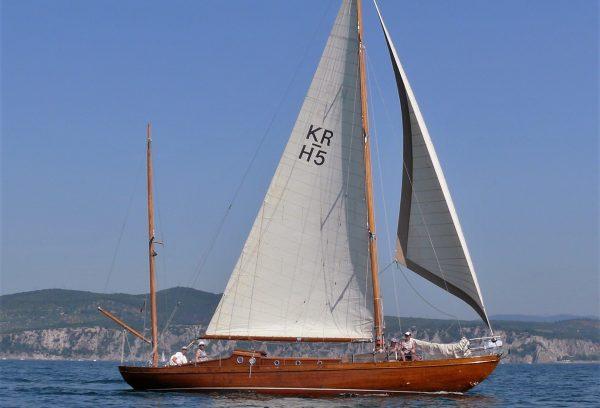 деревянные яхты