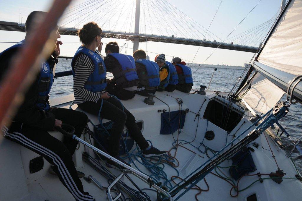 вакансии яхтинг